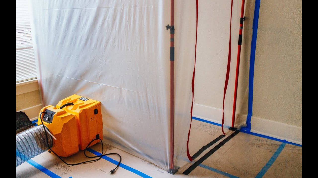 guide for a dust containment system