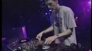 DJ Troubl Skratch Routine