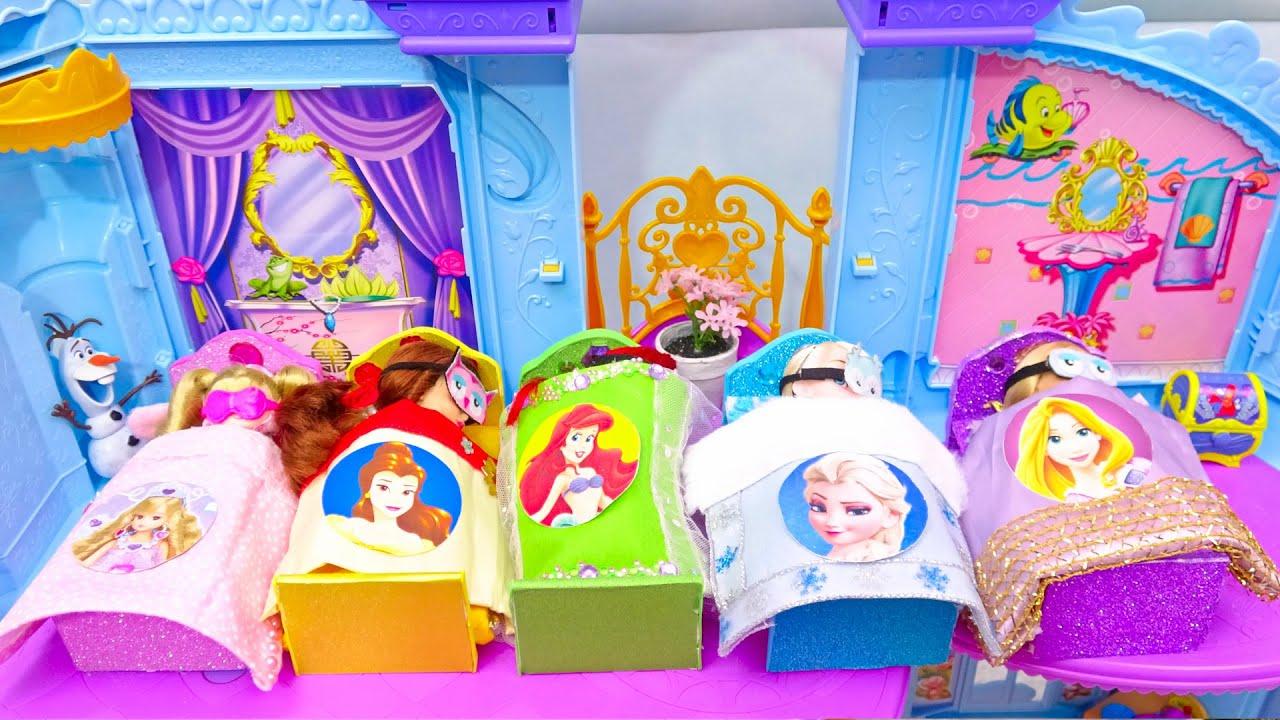 リカちゃんとプリンセスお姫様 パジャマ 手作りベットルーム朝食からの一日 エルサ アリエル バービー人形 着せ替えごっこ ドレスに大変身 ✨Barbie 洗濯機 手作り工作 DIY❤️ミニチュアドール
