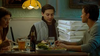 Tobey Maguire delivers pizza in the multiverse