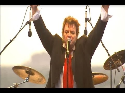 Doc Neeson - The Max Sessions - The Angels In The Sand - St Kilda Beach, Melbourne