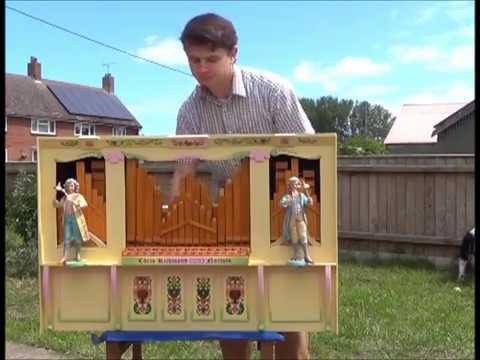 """Happy Fatman"" on 20-note John Smith Busker Organ with TWO RANKS of melody pipes"