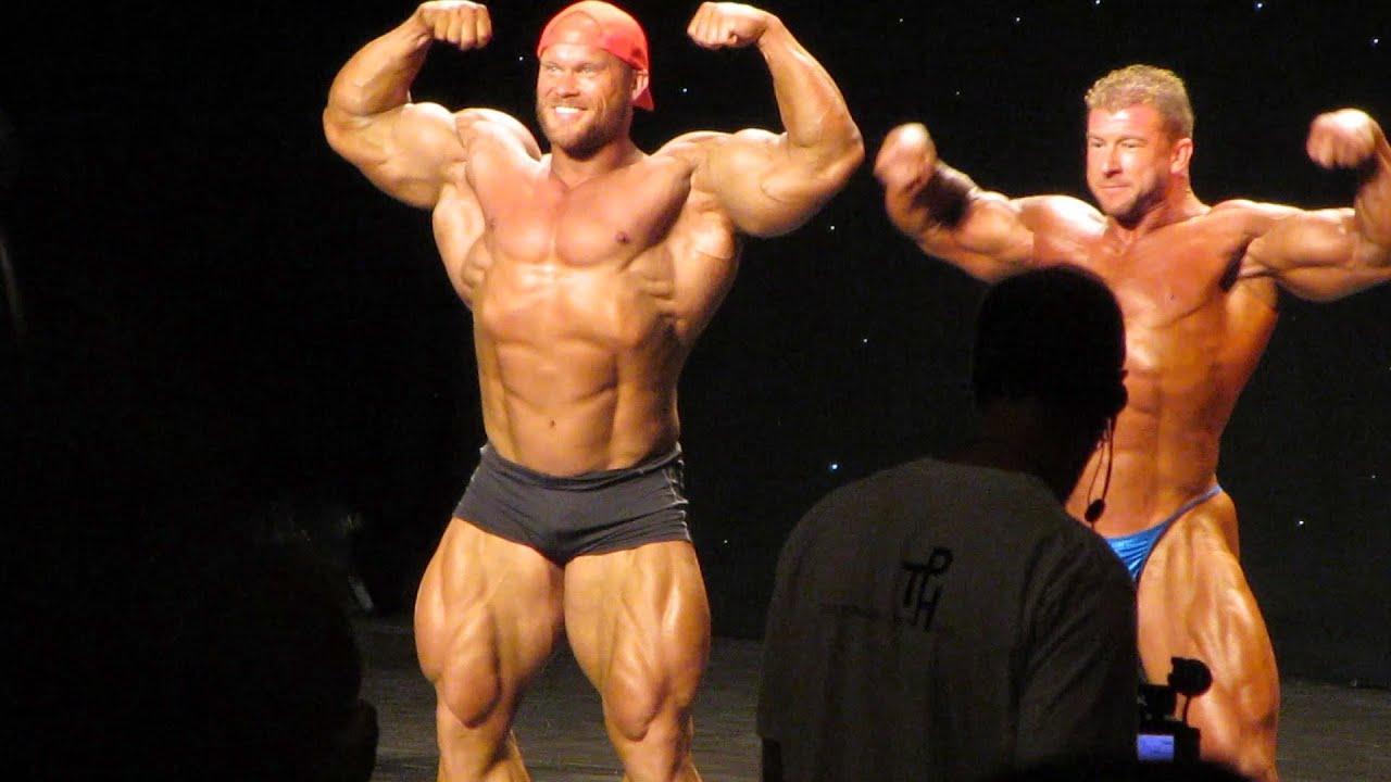 HUGE Bodybuilder Ben Pakulski PAKMAN Guest Posing at the