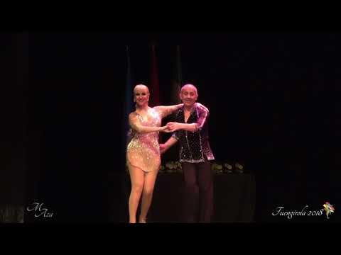 Fuengirola Baile ESCENARIO Salsa 50 a 60 D 4 y 5