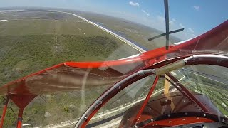 بالفيديو| لحظات مرعبة لتعطل محرك طائرة في أثناء تحليقها
