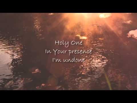 Your Presence - Beckah Shae Lyrics