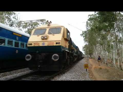 Coimbatore Express stopped for Kacheguda Express crossing