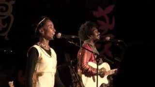 MAR'NA & BERTO - FIFIG 2012 - Musique de Madagascar  / Malagasy music