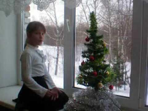 Изображение предпросмотра прочтения – ЛидияКотельникова читает произведение «Мама, глянь-ка из окошка» А.А.Фета