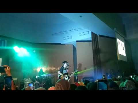Fiersa Besari Sepasang Pendaki - LEGATO Auditorium UNY 28 November 2018
