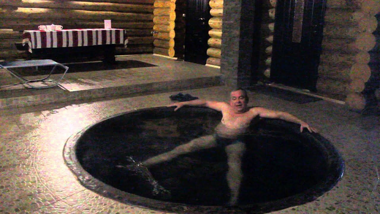 Мужчины купаются в банях смотреть видео фото 618-570