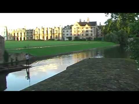 Punting on the River Cam, University of Cambridge UK, Scenic Travel Destinations