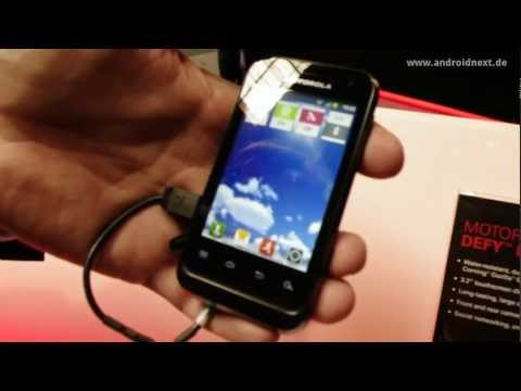 Motorola Defy Mini - Hands-On - MWC 2012 - androidnext.de
