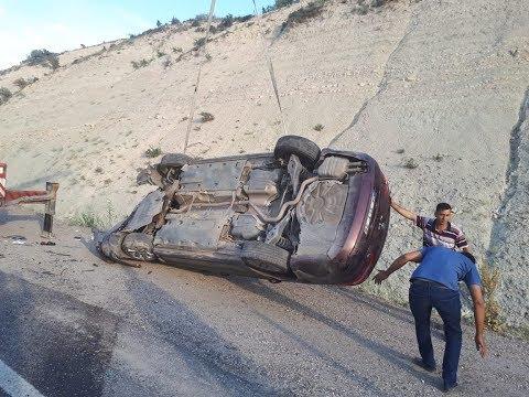Besni'de İki Otomobil Çarpıştı: 10 Yaralı