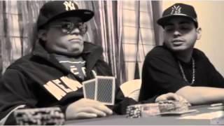Рэпер Kinki из Пуэрто-Рико для клипа усадил друга-покойника за покерный стол