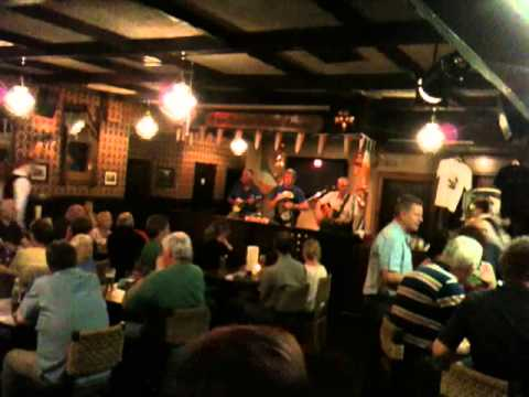Live Irish Music @ Danny Mann's Pub #1