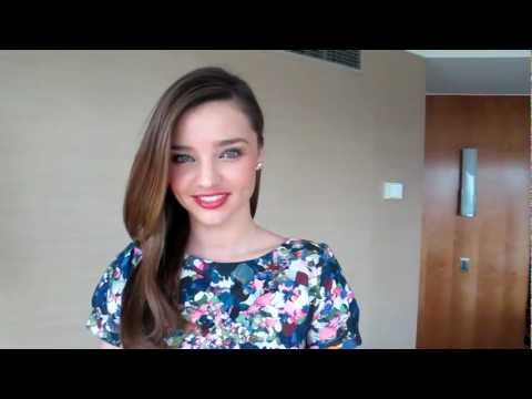 Miranda Kerr hangs out with Drop Dead Gorgeous Daily