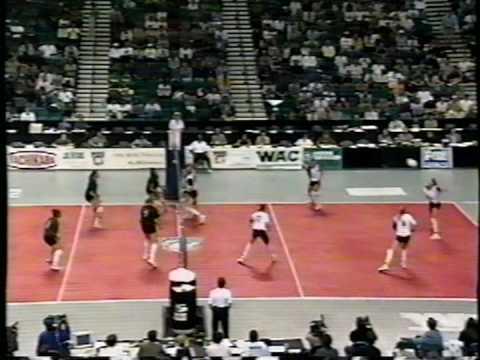 9 Wahine Volleyball g3
