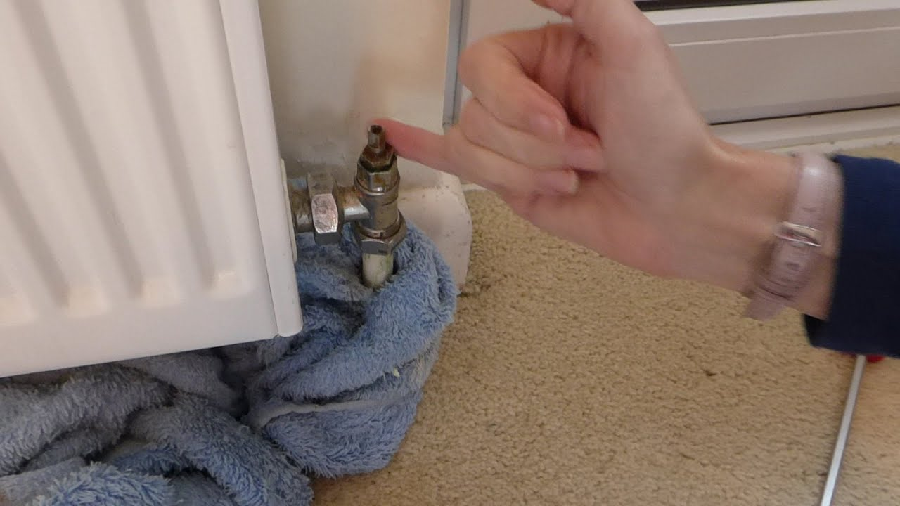 Leaking Radiator Valve A Two Minute Easy Fix No Draining