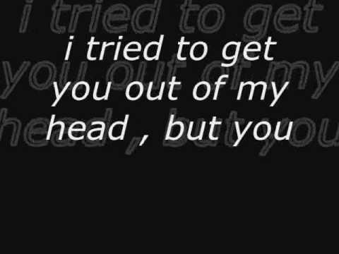Defeated - Tynisha Keli (lyrics)