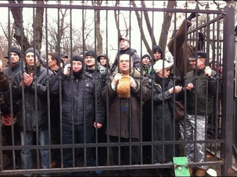 RAW COVERAGE: On The Ground in Ukraine