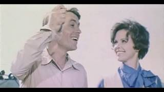 #ПЕСНЯ ДЕТСТВА# - Ты, я, мы и зонтик (на двух языках)