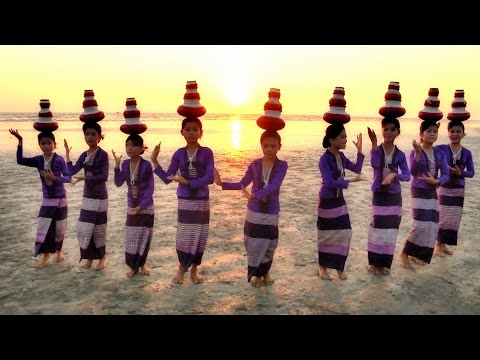 Myanmar, Country of Thousands of Smiles - Song by Ni Ni Khin Zaw: Forever Myanmar