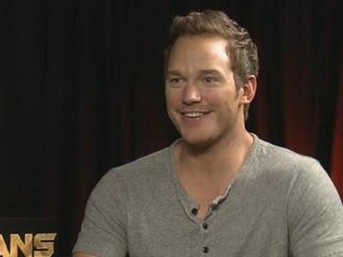 Chris Pratt Interrupts Interview To French Braid Intern's Hair