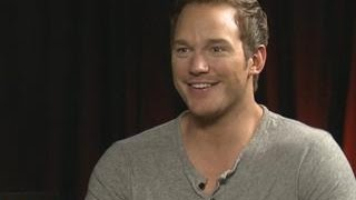 Chris Pratt Interrupts Interview To French Braid Intern