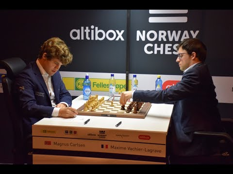 MAGICAL KNIGHT AND MONSTER PASSED PAWN!! MAGNUS CARLSEN VS MAXIME VACHIER-LAGRAVE - BLITZ CHESS 2017