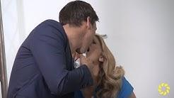 Barbara Schöneberger küsst Florian David Fitz
