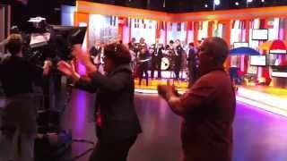 Oscar De Leon le canta a Barranquilla...