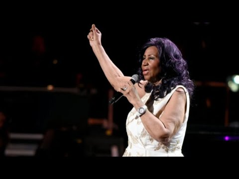 Aretha Franklin is seriously ill, source says