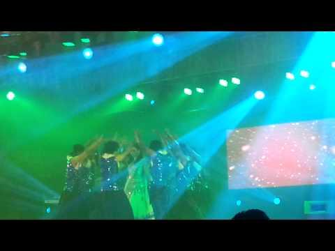 Hot Mim live dancing at Grameenphone night thumbnail
