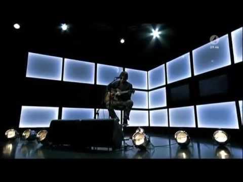 Goo Goo Dolls (John Rzeznik) Live acoustic version of Iris