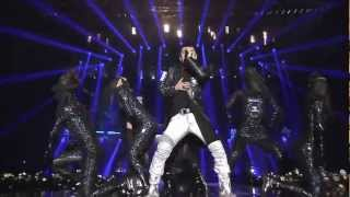 Big Bang-Fantastic Baby Live (English lyrics)