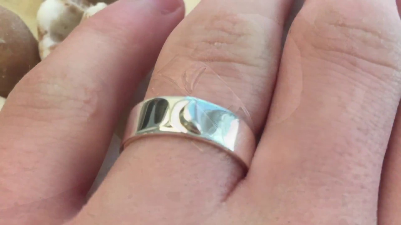 Crescent moon ring - YouTube