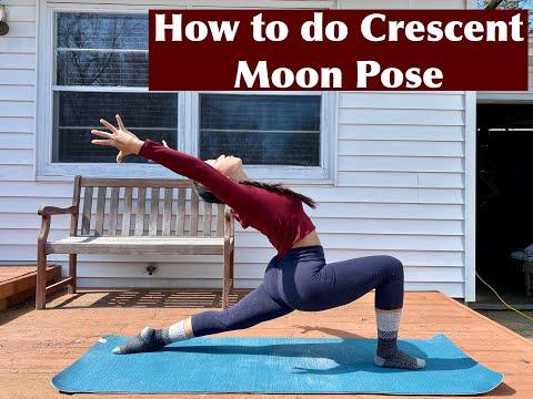how you can do crescent lunge pose anjaneyasana