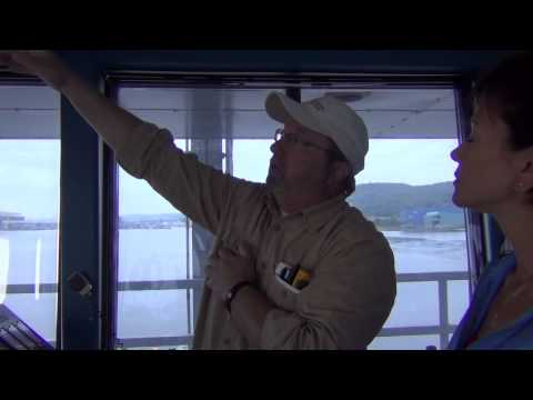Go Inside The Duluth Aerial Lift Bridge And See How The Bridge Operator Does Their Job