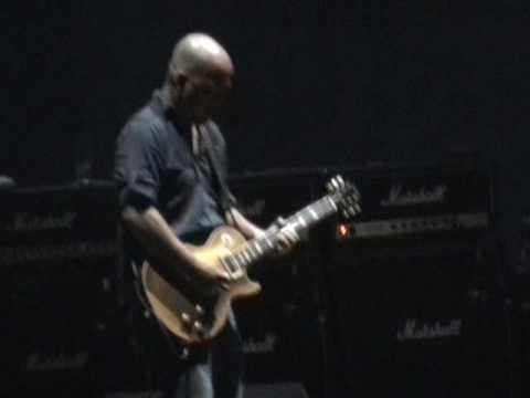 Pixies: The holiday song (Come on pilgrim)  Montevideo, Uruguay