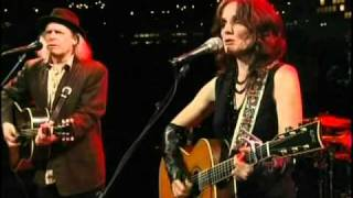 Patty Griffin with Buddy Miller - Never Grow Old  live 2010