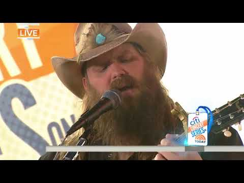 Watch Chris Stapleton perform 'Broken Halos' live