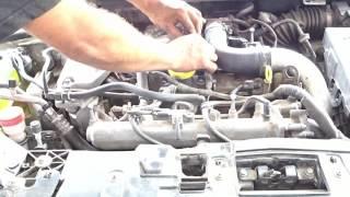Problème moteur tourne sur 3 cylindres au ralenti Megane 1.8 مجان مشكلة المحرك يعمل على 3 اسطوانات