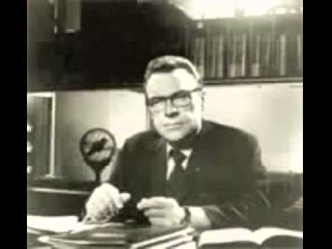 The Strangest Secret Earl Nightingale   Full Version