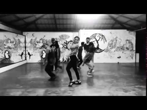 Saniya iyappan | Dance | Ranam title track