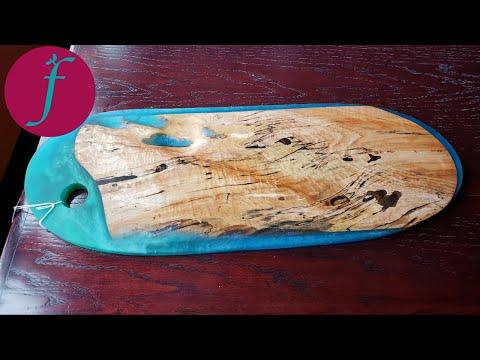 Trash Wood to Treasure - DIY Epoxy Resin Serving Board