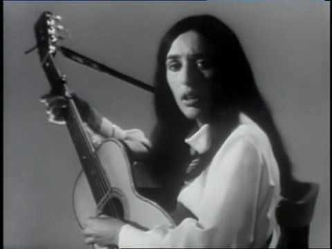 Joan Baez - Plaisir d'amour / The joys of love  (France, 1966)