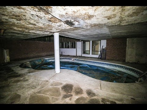 ABANDONED Drug Dealers 1970s Weird looking House with Indoor Pool & Sauna