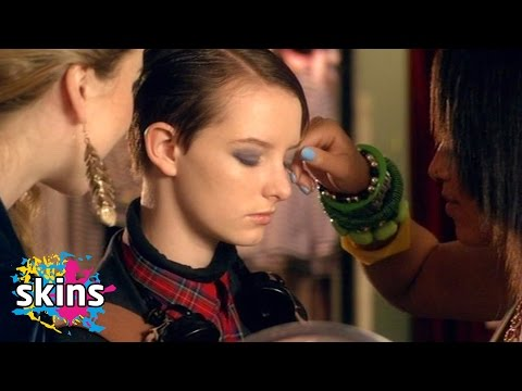 Franky Trying On Makeup For The First Time  Skins