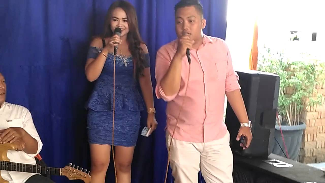 gendut nyanyi dangdut - YouTube